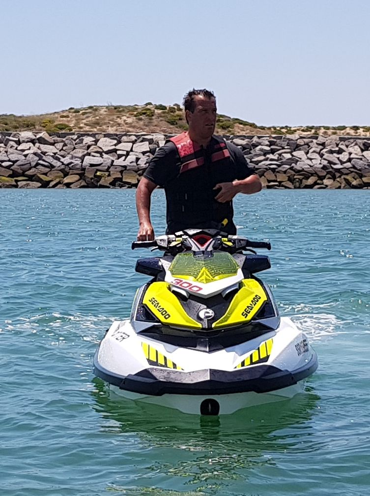 Algarve Boat Courses, Algarve, Portugal, Lagos, Portimao, Albufeira, Vilamoura RYA, ICC, training, learn, sailing, yacht, motor boat, course, jet ski, theory courses, tuition